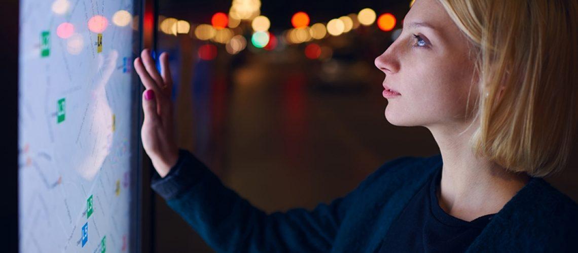 woman-using-smart-screen